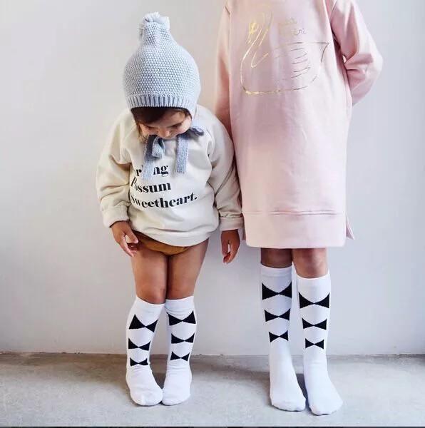 Podkolanówki dziecięce PETTI białe