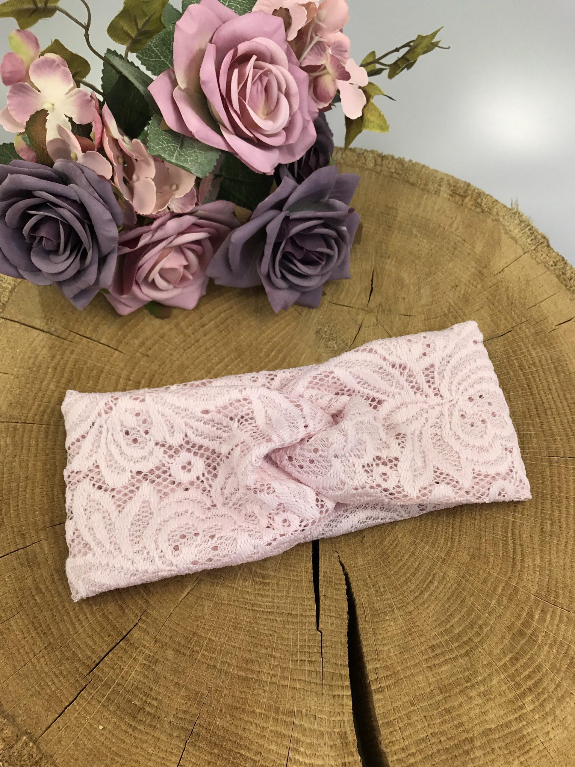 Opaska Dziecięca TWIST z koronki - Kolor pudrowy róż