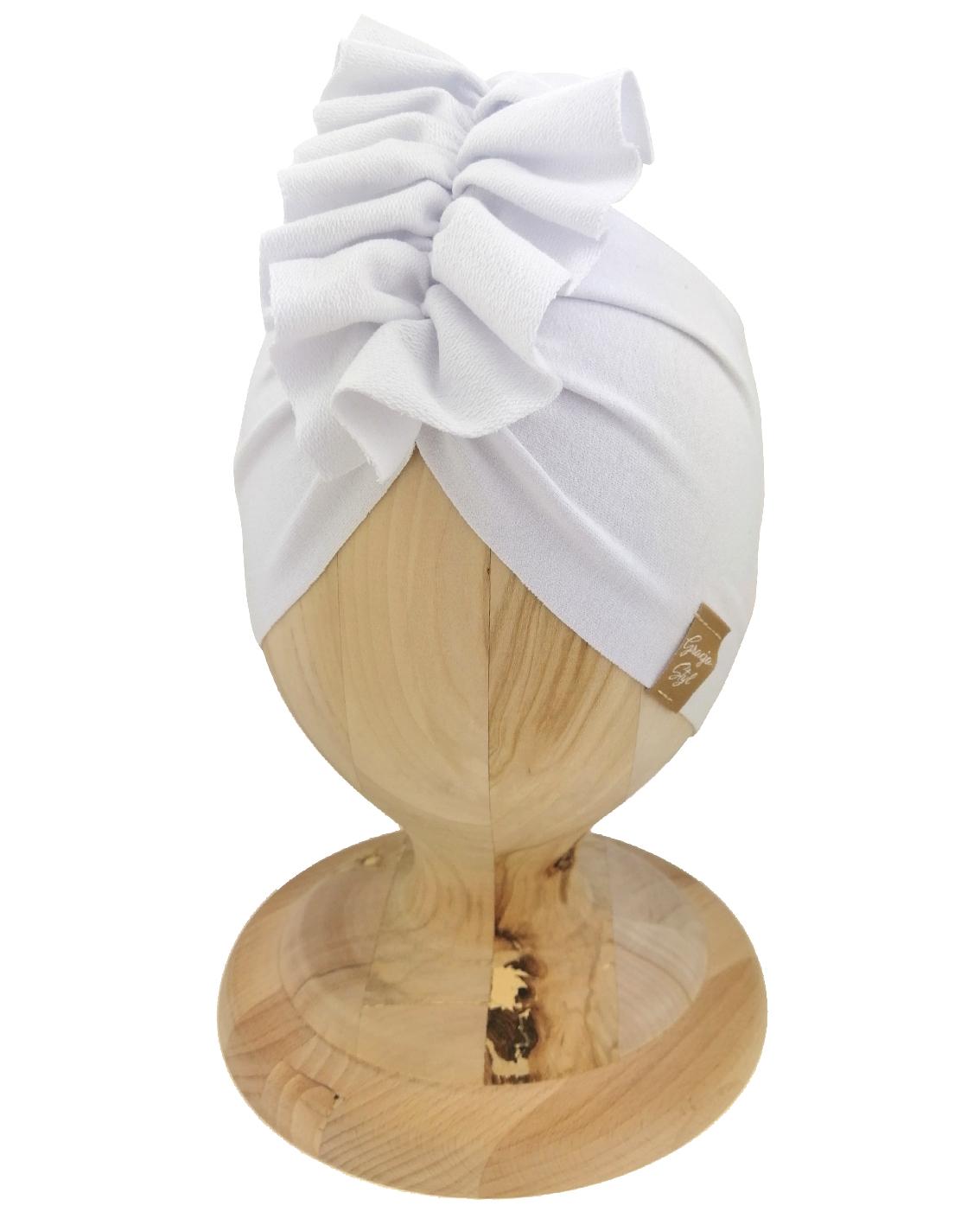 Czapka turban dziecięca marki Gracja styl. Kolor biały. Produkt polski wykonany z bawełny pętelkowej typu dresówka.