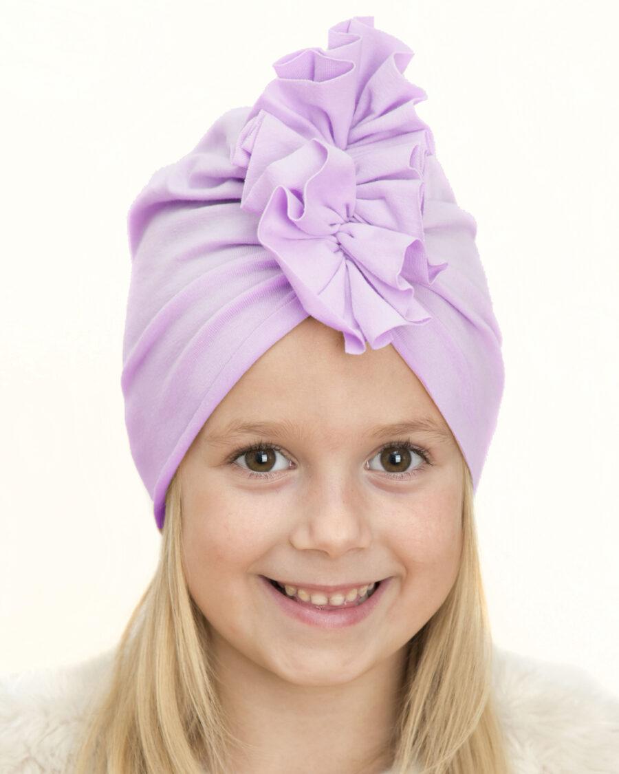 Czapka turban dziecięca marki Gracja styl. Kolor fioletowy w odcieniu liliowym. Produkt polski wykonany z bawełny pętelkowej typu dresówka.