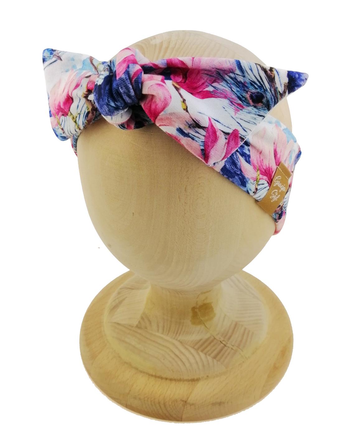 Opaska kobieca typu Pin-up marki Gracja Styl. Uszyta z bawełny petelkowej typu dresówka. Wzór opaski Pawie.