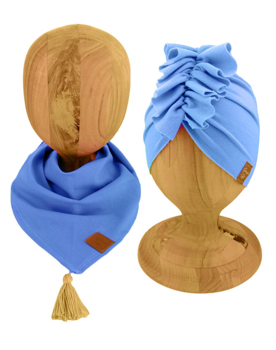 Zestaw czapka turban z chustą. Uszyty z pojedynczej miłej w dotyku dresówki. Marka Gracja Styl. Kolor pastekowy błekit