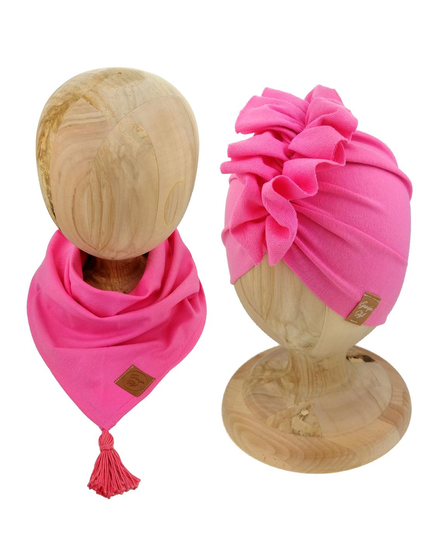 Zestaw czapka turban z chustą. Uszyty z pojedynczej miłej w dotyku dresówki. Marka Gracja Styl. Kolor różowy