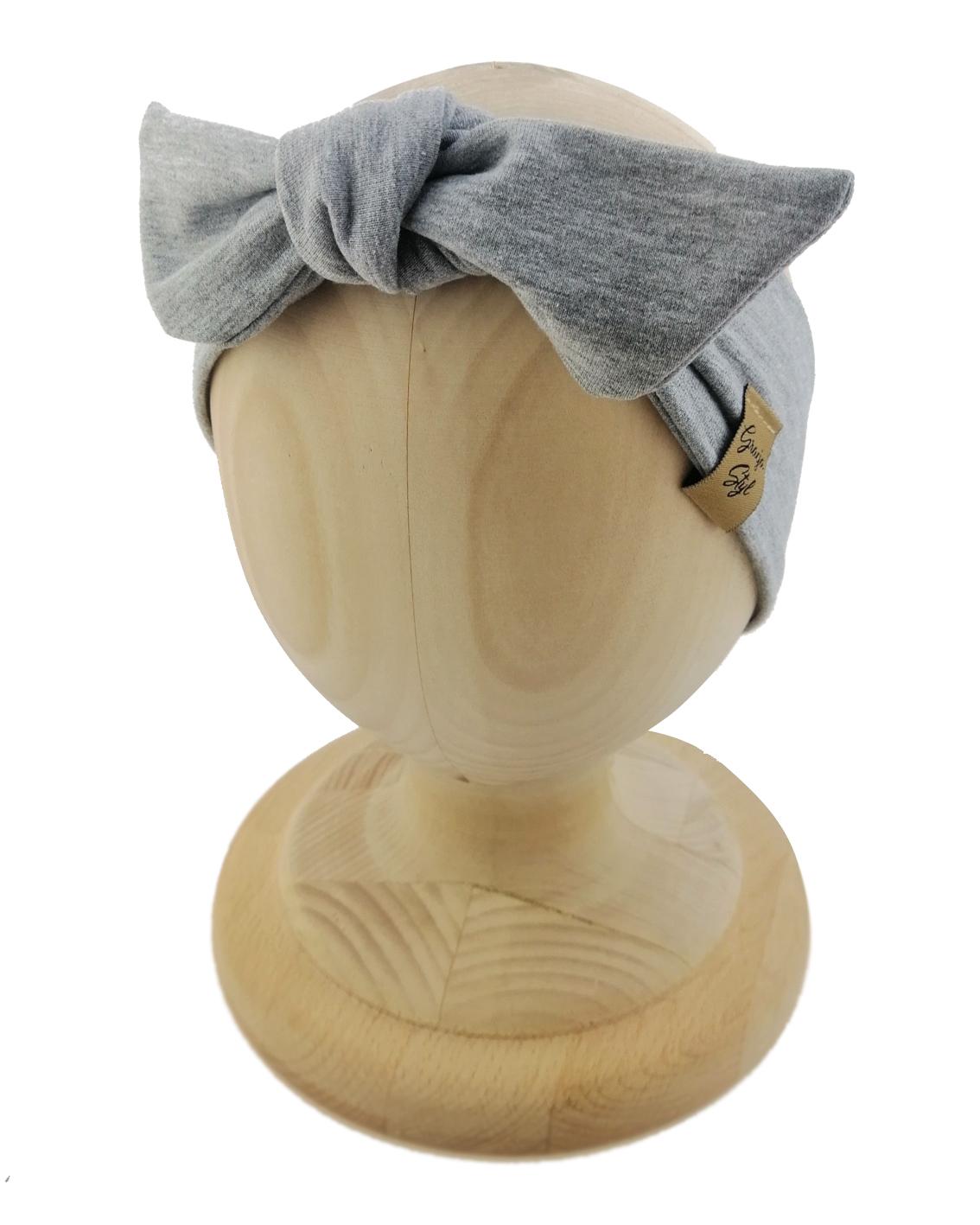 Opaska kobieca typu Pin-up marki Gracja Styl. Uszyta z bawełny petelkowej typu dresówka. Kolor szary.