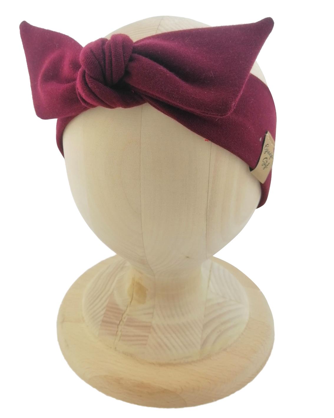 Opaska kobieca typu Pin-up marki Gracja Styl. Uszyta z bawełny petelkowej typu dresówka. Kolor bordowy.