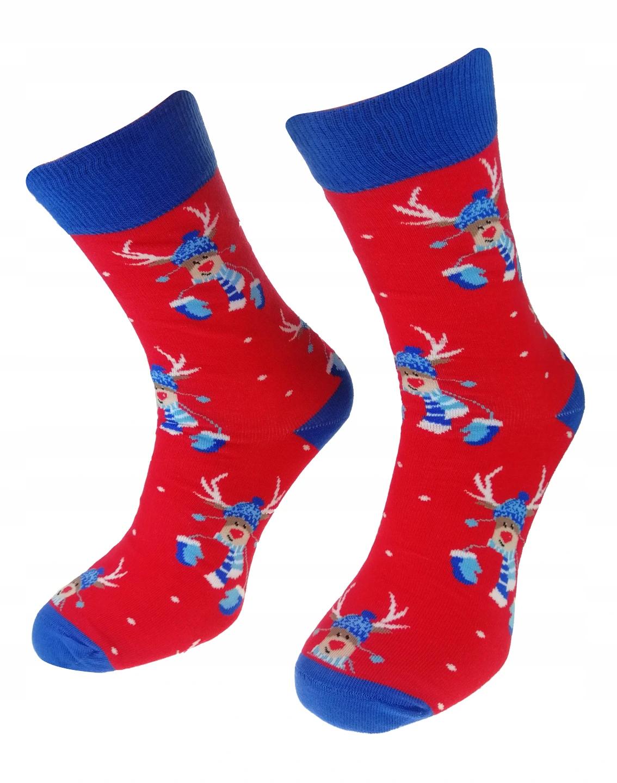 Kolorowe Świąteczne skarpetki męskie marki Milena model wzorzyste. Wzór renifer na Święta bożego narodzenia. Kolor czerwony.
