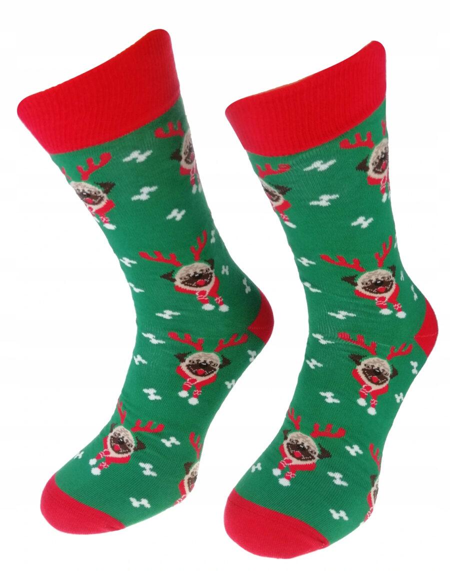 Kolorowe Świąteczne skarpetki męskie marki Milena model wzorzyste. Wzór piesek renifer na Święta bożego narodzenia. Kolor zielony