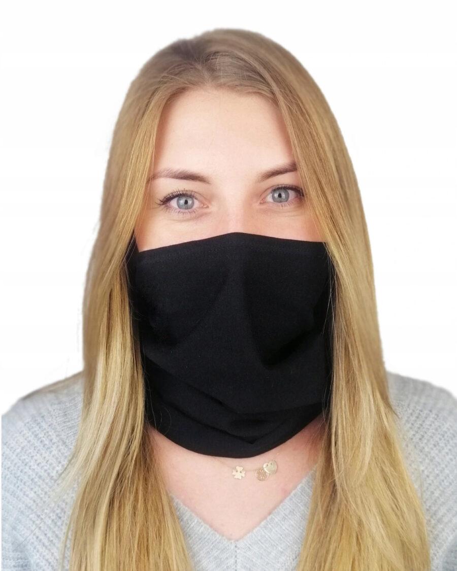 Maseczka na twarz jednowarstwowa uszyta z bawełny. Wykończona podwójnym elastycznym ściegiem.
