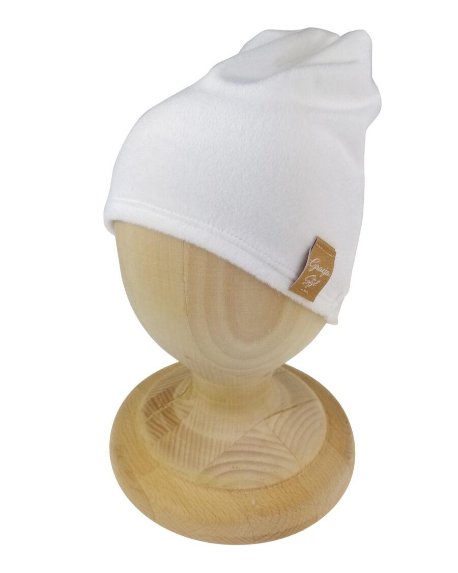 Czapka smerfetka welurowa biała
