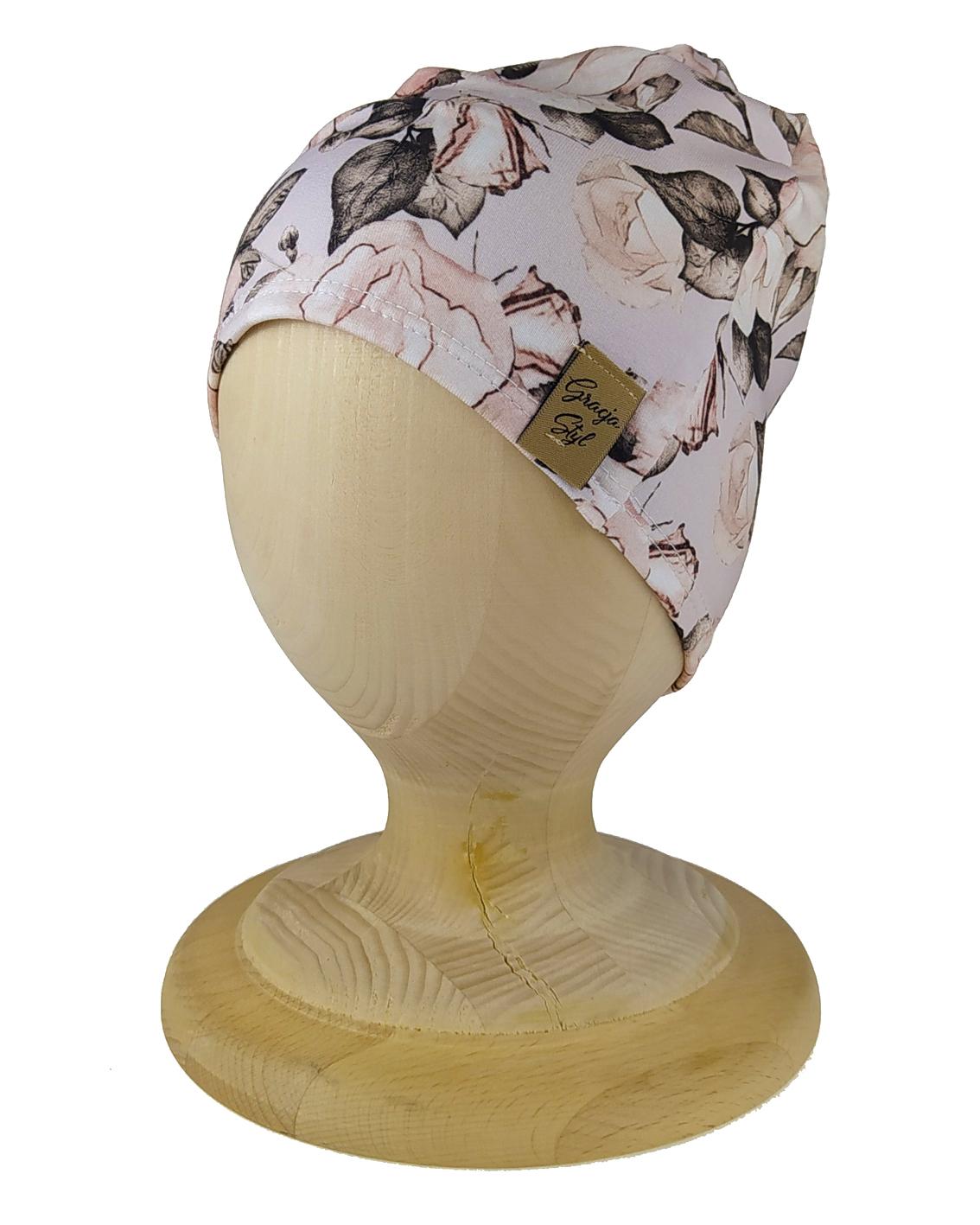 Czapka smerfetka wzór petunie. Uszyta z bawełny petelkowej typu dresówka przez marke Gracja Styl .